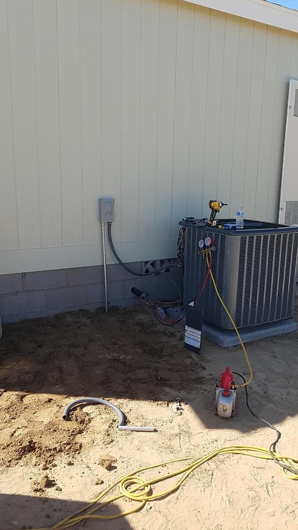 Buckeye, AZ - Installing new split system