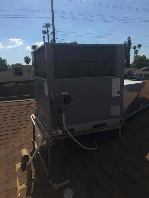 Phoenix, AZ - In Phoenix, AZ:  DIAGNOSTIC-  Upon arrival, cycled unit into cooling mode. Found system not blowing any air out of registers. At the unit, found ECM blower motor failed and rocking back and forth. Will need a replacement ECM blower motor. Service complete.