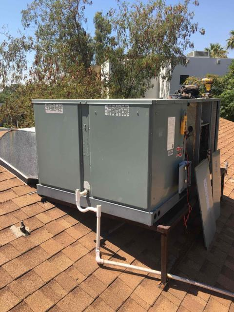 Phoenix, AZ - In Phoenix, AZ:  DIAGNOSTIC-  Upon arrival, cycled unit into cooling mode. Found system inoperable. At the package unit, found 60 amp fuses shorted. Replaced fuses and found capacitor out of manufacturer specifications. Replaced capacitor as well. Upon departure, unit is working properly and within manufacturer specifications. Service complete.