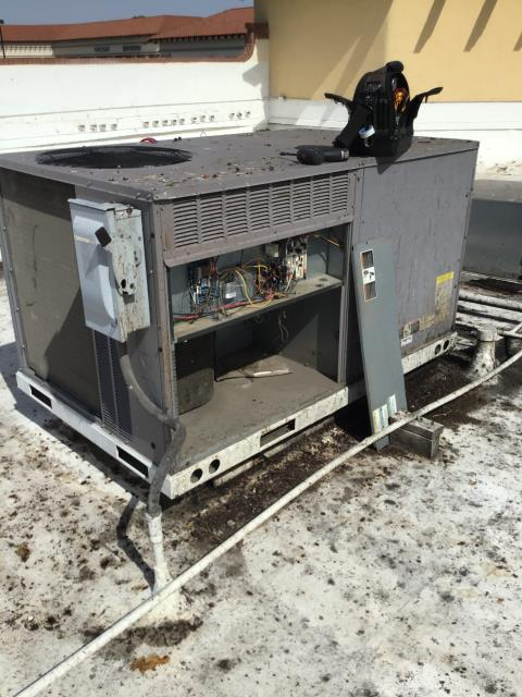 Phoenix, AZ - In Phoenix, near East Bell Road and 7th Street performing a diagnostic on a Carrier package unit. I checked unit's belt, filters, economizer, and charge. I could not find any mechanical issue at time of service. System is up and running to code.