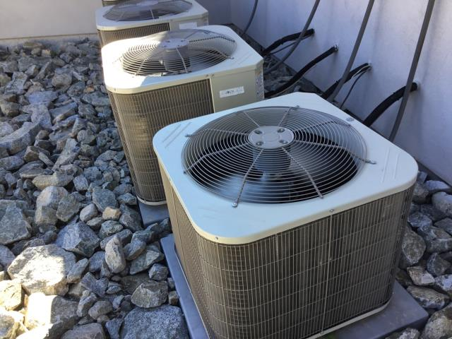 Phoenix, AZ - In Phoenix, near Desert Ironwood Estates performing a diagnostic on a Carrier condenser. Found low pressure switch open. I was able to bypass pressure switch. Upon departure, unit is working properly and within manufacturer specifications.