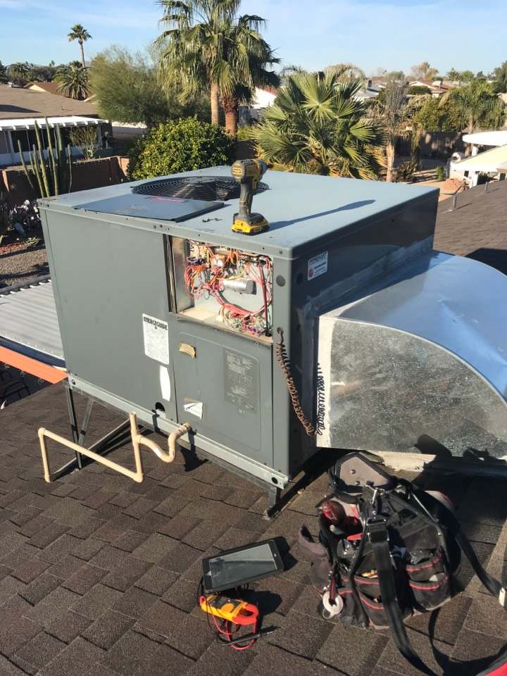 In Sun City Az servicing a customers Amana heat pump. Checked volt and amp draws. Cleaned and tightened electrical connections. Acid washed outdoor coil and rinsed. System is running to factory specifications. Completed fall service.