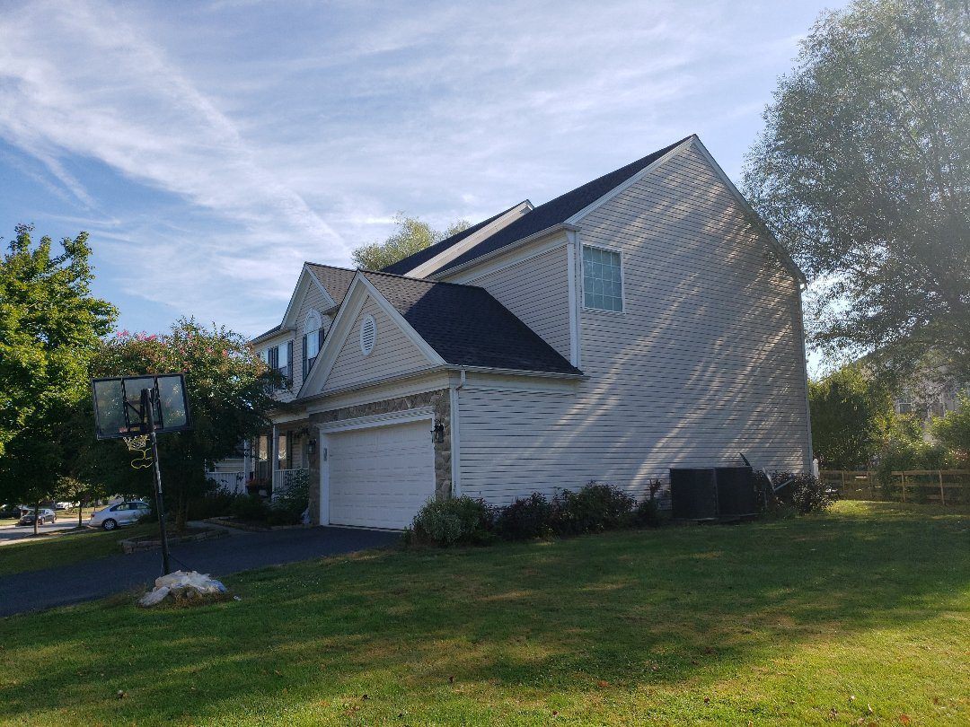 Brunswick, MD - Full roof Replacement  GAF TIMBERLINE HD SHINGLES. GOLDEN PLEDGE LIMITED WARRANTY.