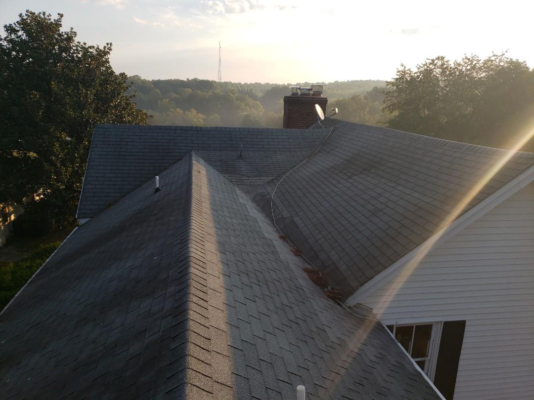 Clarksburg, MD - Roof,siding and gutter repair