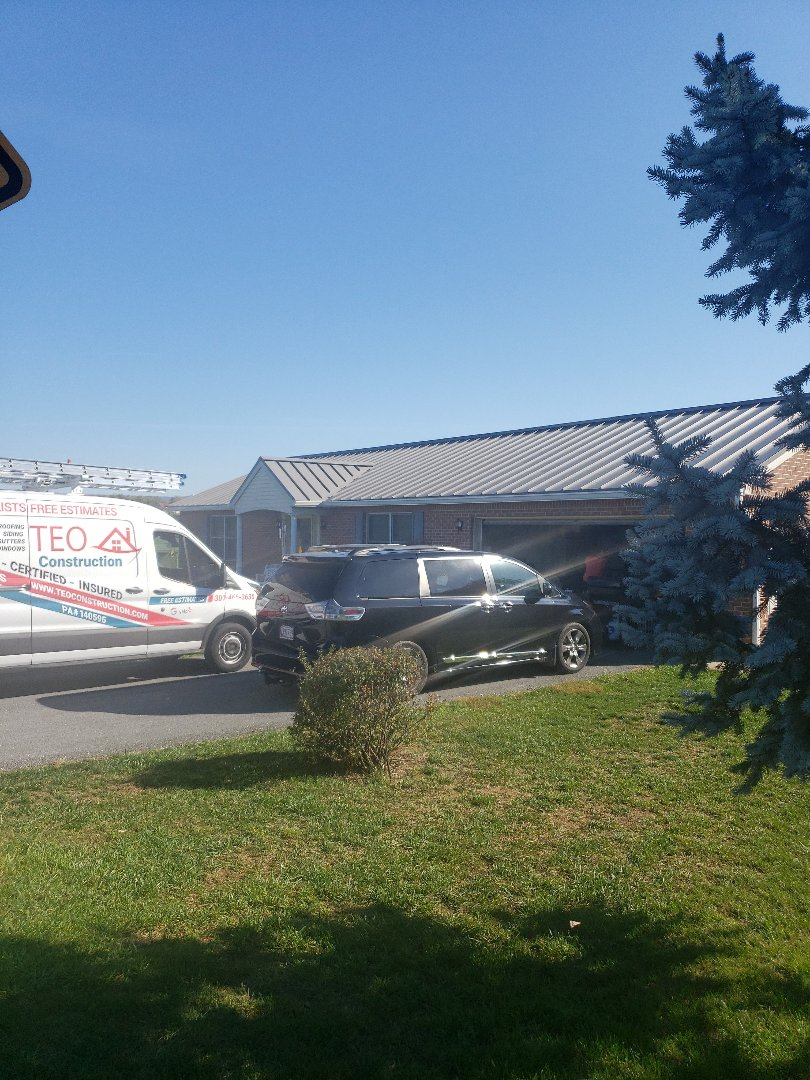 Hagerstown, MD - Metal Roof and Gutter Replacement