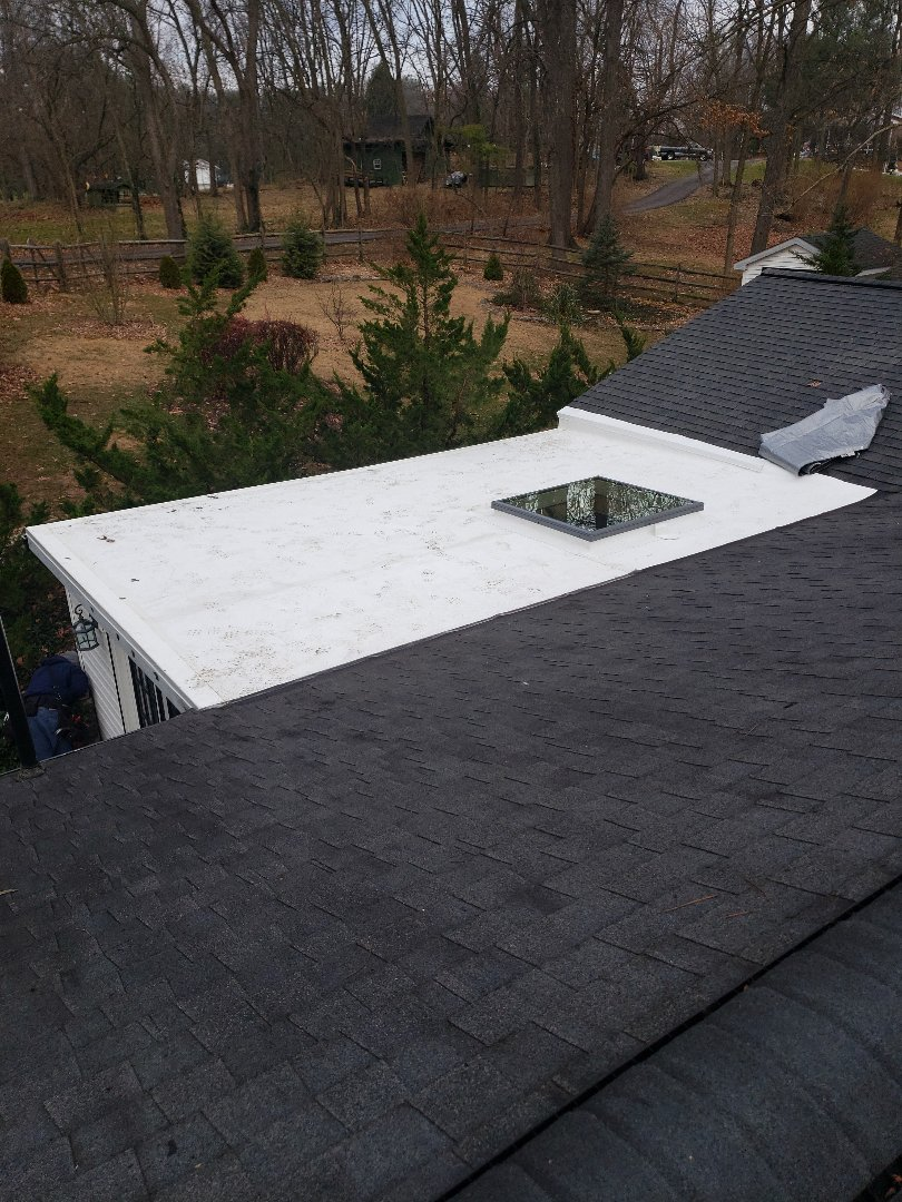 Hagerstown, MD - Flat Roof, gutters, downspout, gutter cover system and skylights Replacement