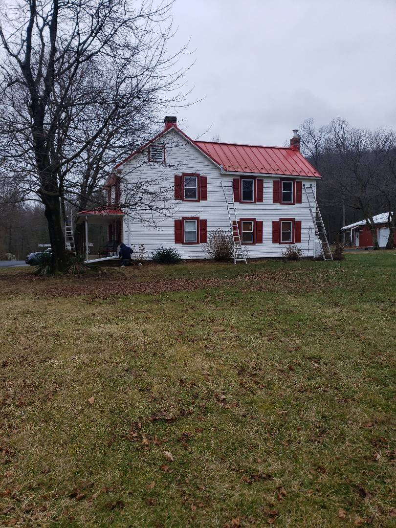 """Smithsburg, MD - 6"""" Seamless gutter Replacement"""