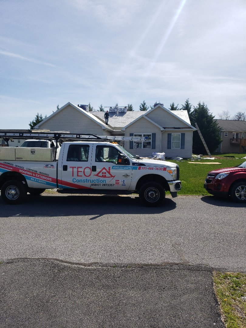 Martinsburg, WV - Roof and skylight replacement