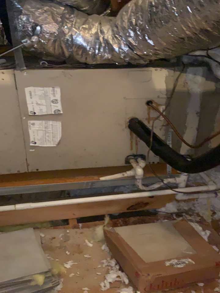 Anna, TX - AC service. Full maintenance on system
