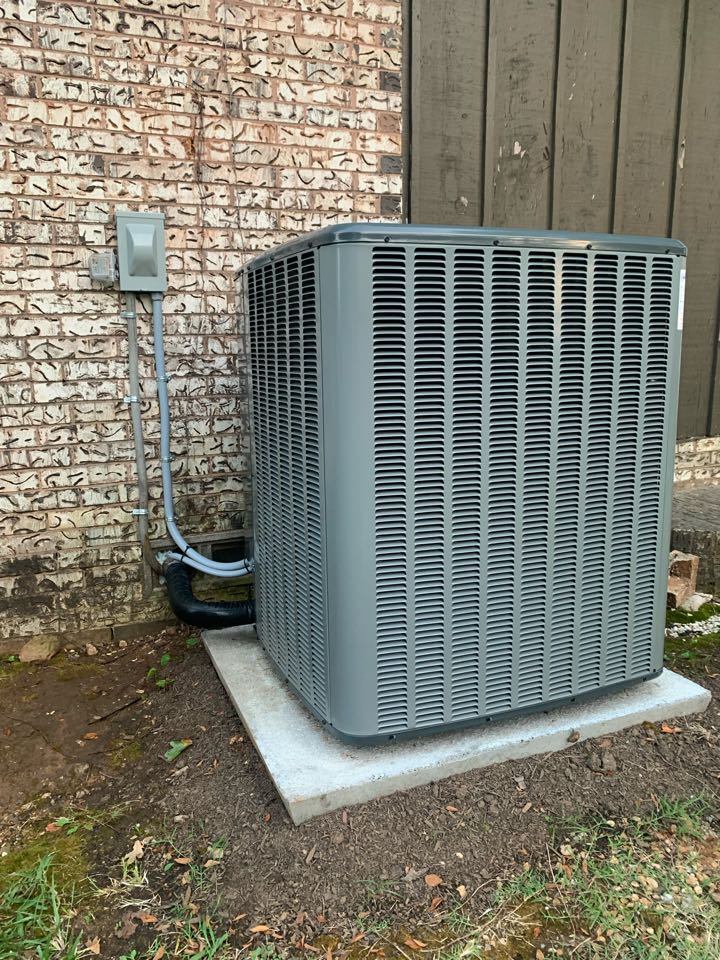 Anna, TX - New complete heat pump system 4 tons