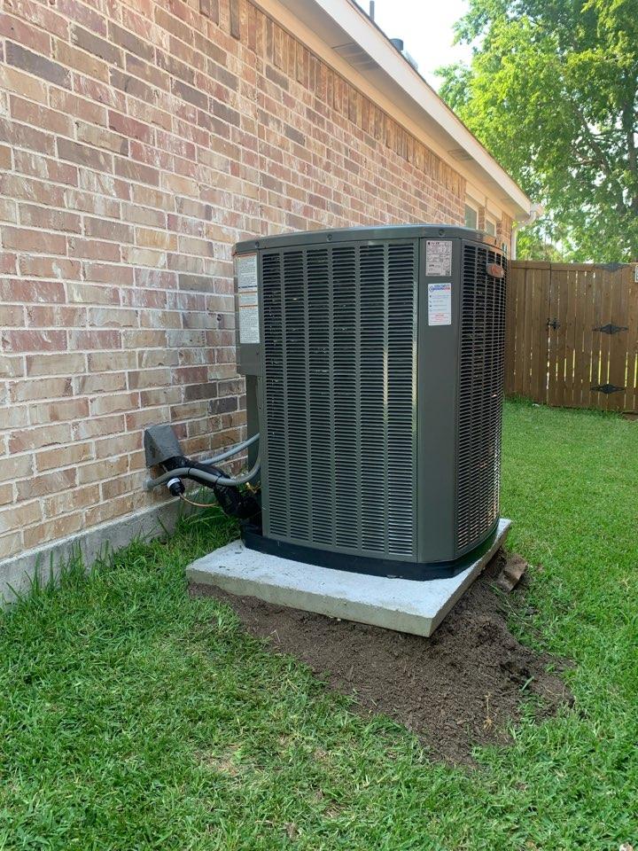 Van Alstyne, TX - New complete AC system in Georgetown