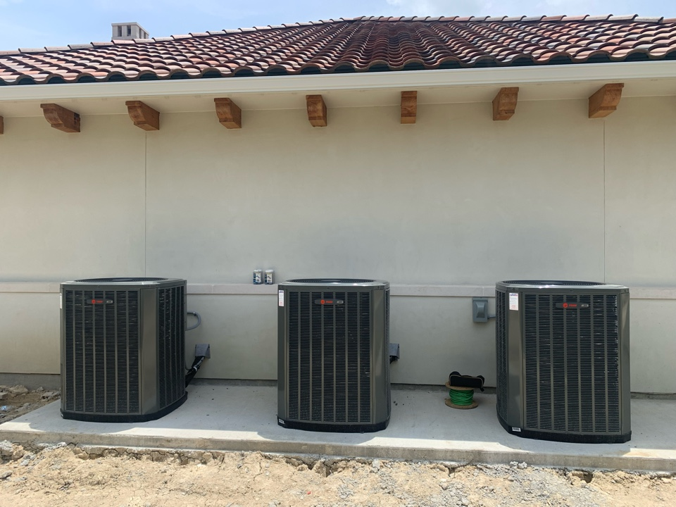 Van Alstyne, TX - New construction complete AC and ductwork installation