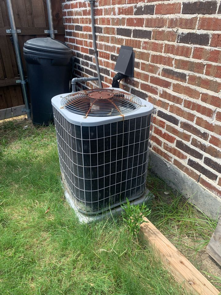 Frisco, TX - Install AC complete system 4 Ton Gas