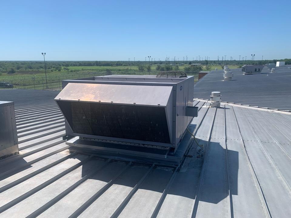 Van Alstyne, TX - Emergency AC coal in Georgetown Van Alstyne
