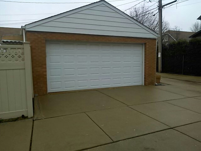 Chicago, IL - Carriage house garage door to be installed here in Chicago - Garfield ridge - before