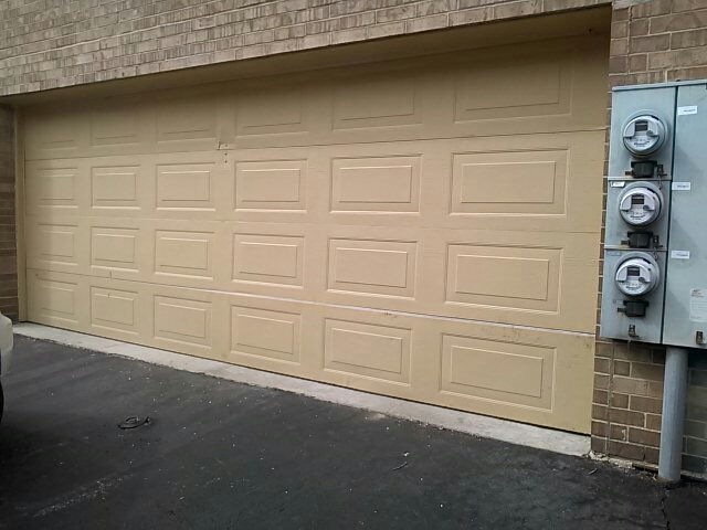 Palos Hills, IL - Garage door install in Hickory Hills - before