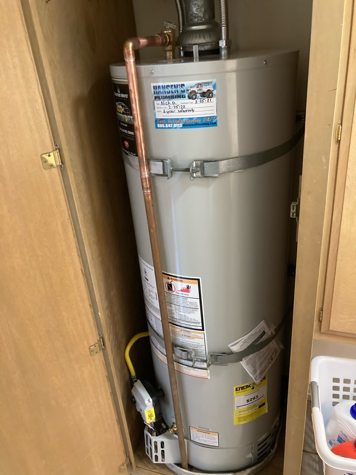 Oxnard, CA - Plumber replaced leaking rheem water heater with new Bradford white 50 gal.