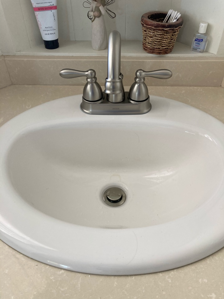 Ventura, CA - Plumber installed new lab faucet, pop up assembly and rebuilt toilet.