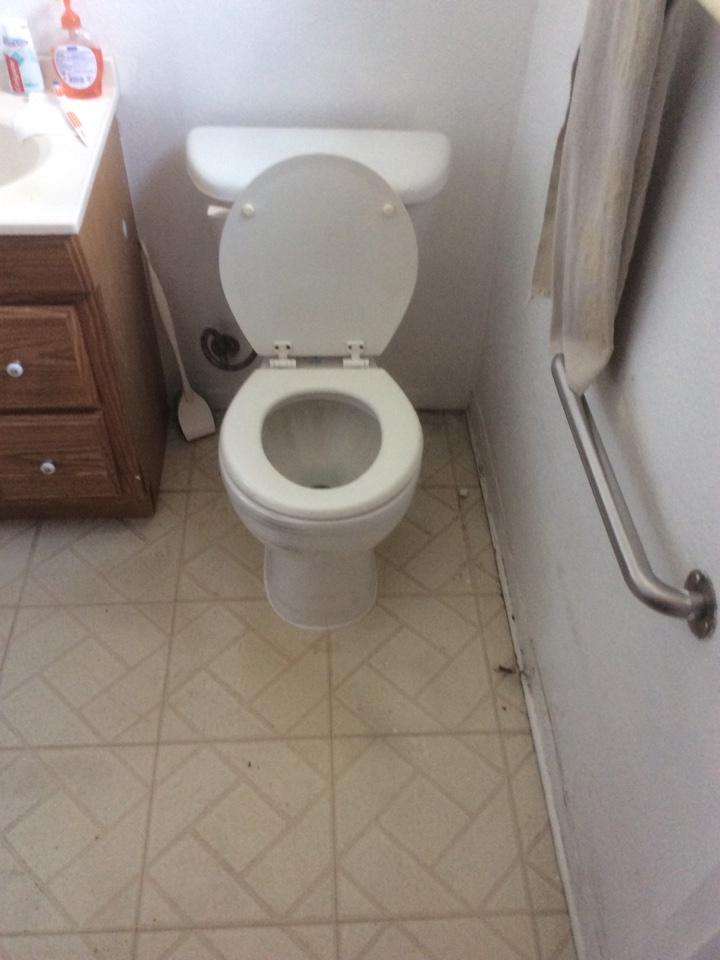 Port Hueneme, CA - Plumber needed. Re set toilet