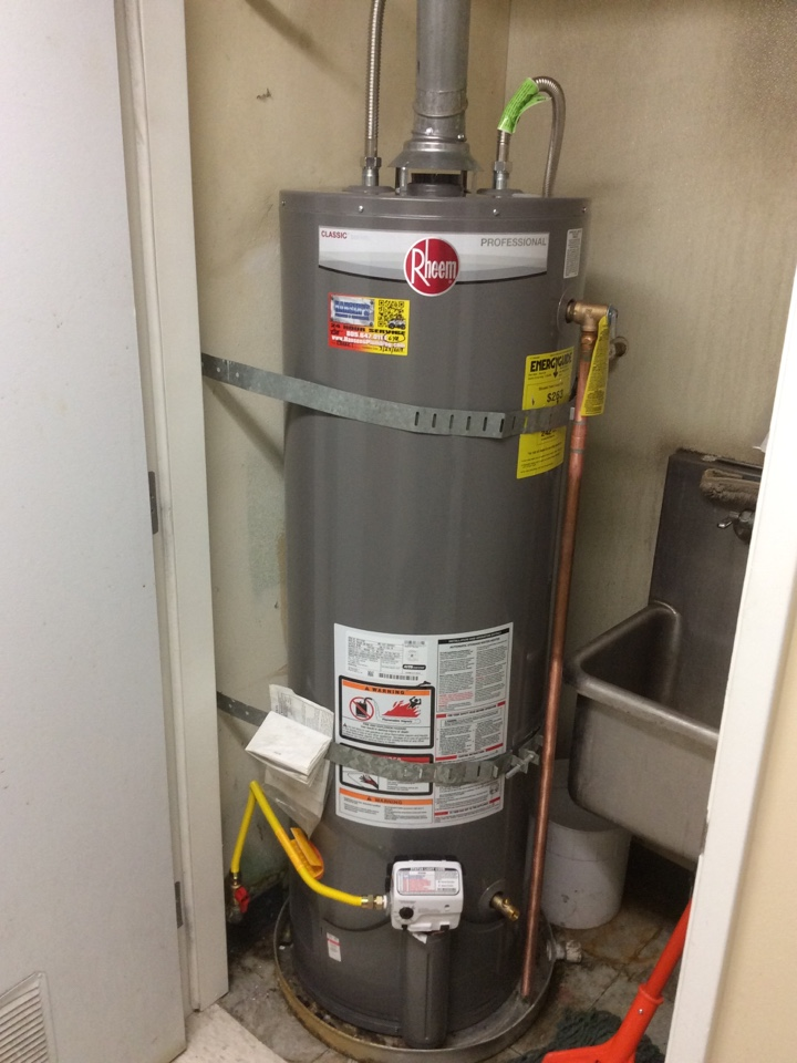 Ventura, CA - Plumber needed to install 40 Gallon Water Heater