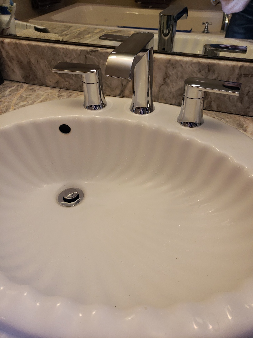Aptos, CA - New bathroom faucet installation