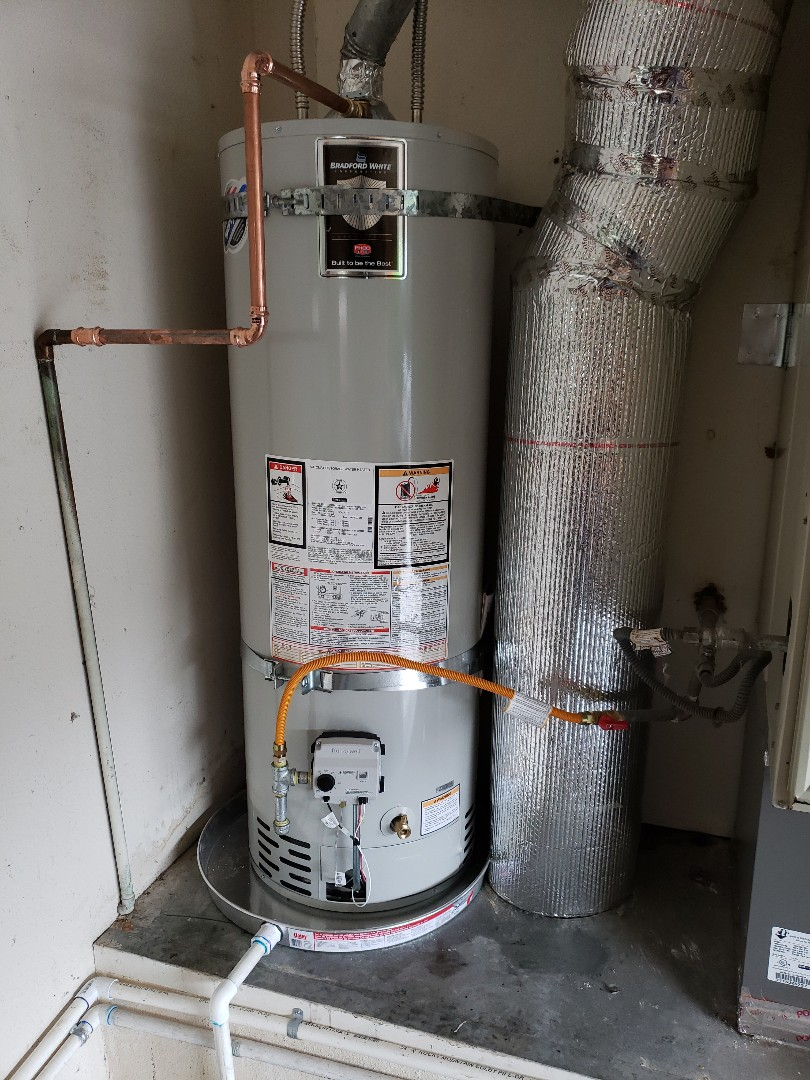 Capitola, CA - New 40 gallons N.gas water heater installation