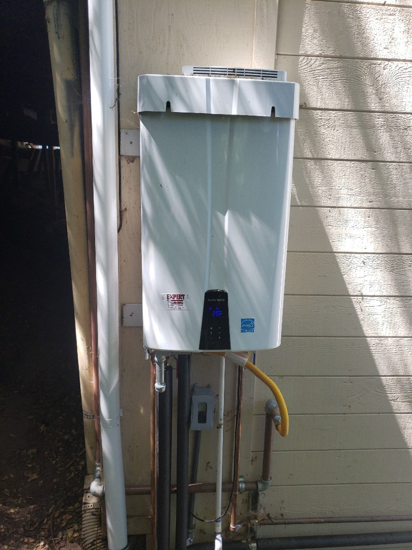 Soquel, CA - New Tankless water heater installation by Expert Plumbing!