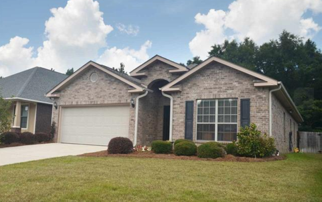 Home listing in Pace, FL sold in one day!  This 3 bedroom, 2 bath home features hardwood floors throughout and an open floor plan.  I am a real estate agent that specializes in being a sellers agent, buyers agent, and military relocation professional.