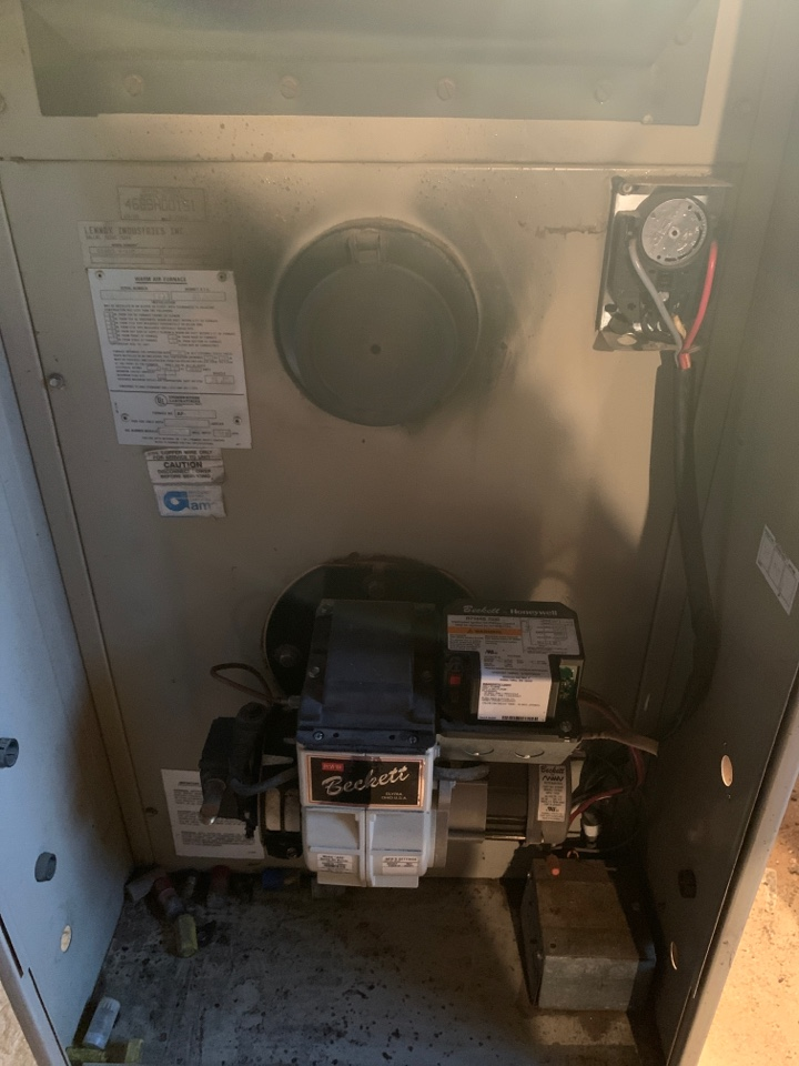 Elsie, MI - Replace old Lennox Oil-Furnace with new high efficiency Amana furnace