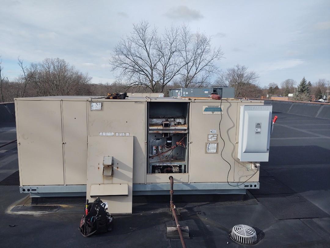 DeWitt, MI - Rooftop repair