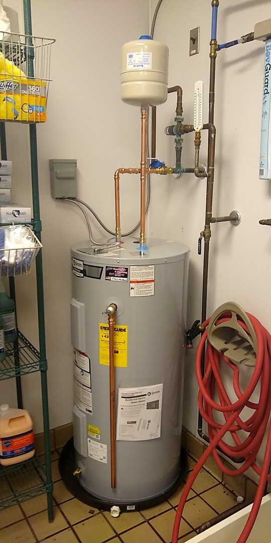 Fishers, IN - Electric Water heater install