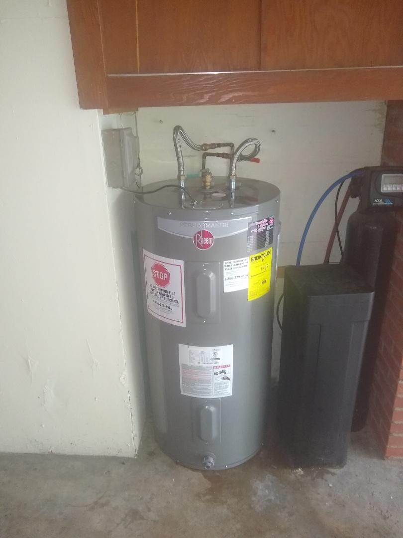 Indianapolis, IN - Electric water heater repair