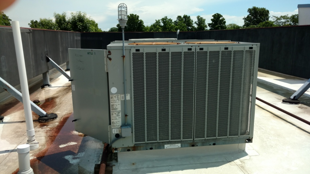 Carmel, IN - No cold air from air conditioner