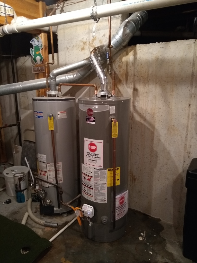 McCordsville, IN - Water heater leaking