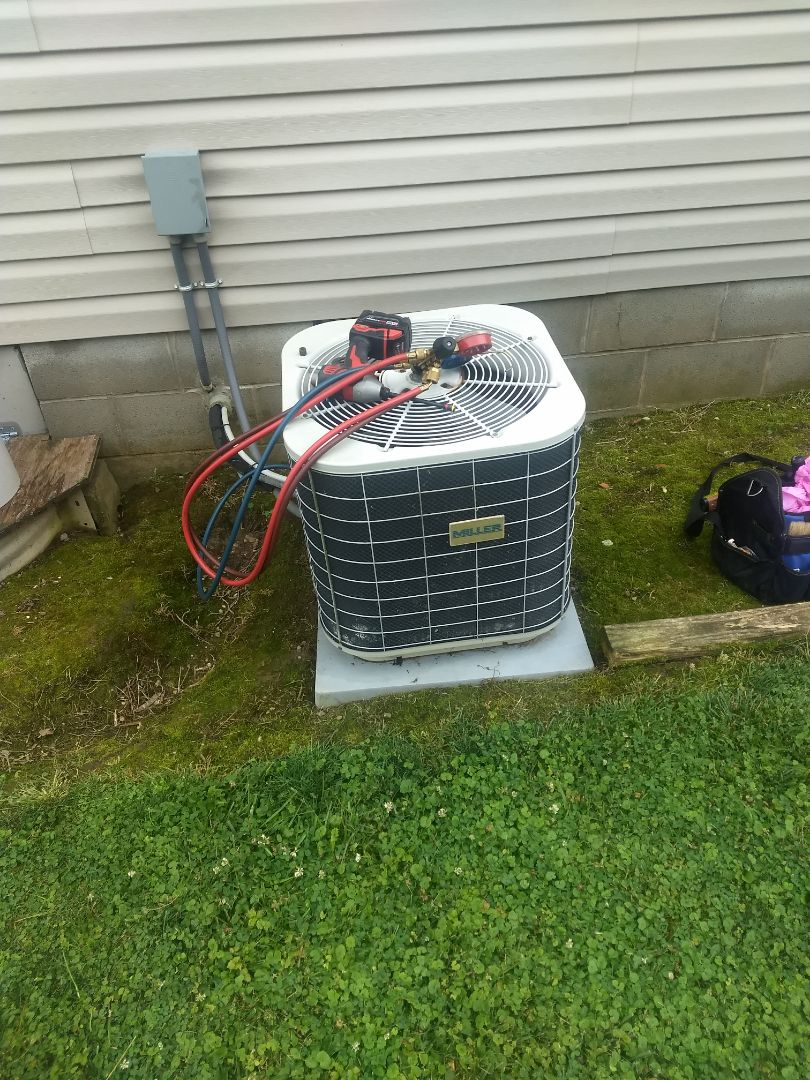 Dunreith, IN - Ac service call
