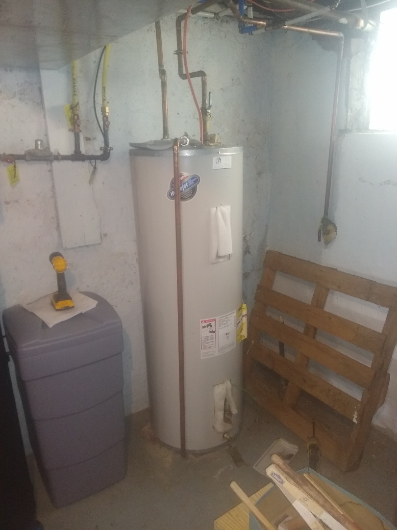 Indianapolis, IN - Water heater not working