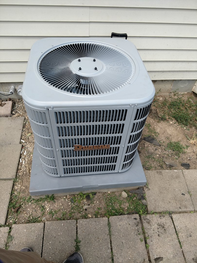 Knightstown, IN - Install AC and Coil