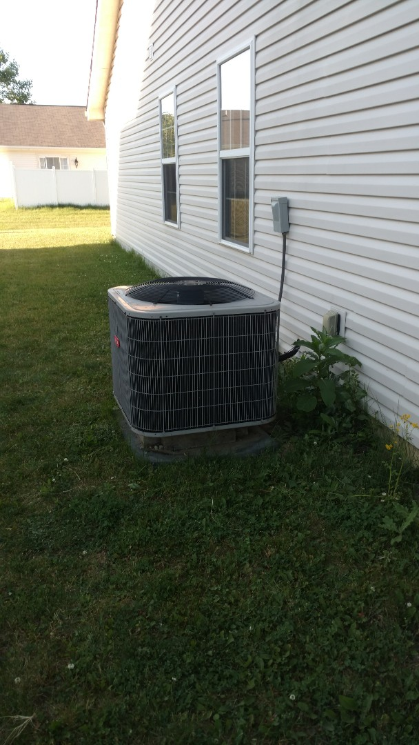 Greenfield, IN - Air conditioner repair