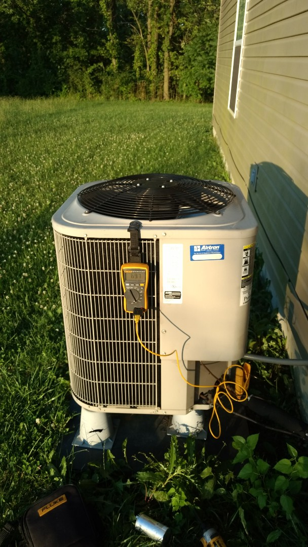 Greenfield, IN - Servicing bryant heat pump