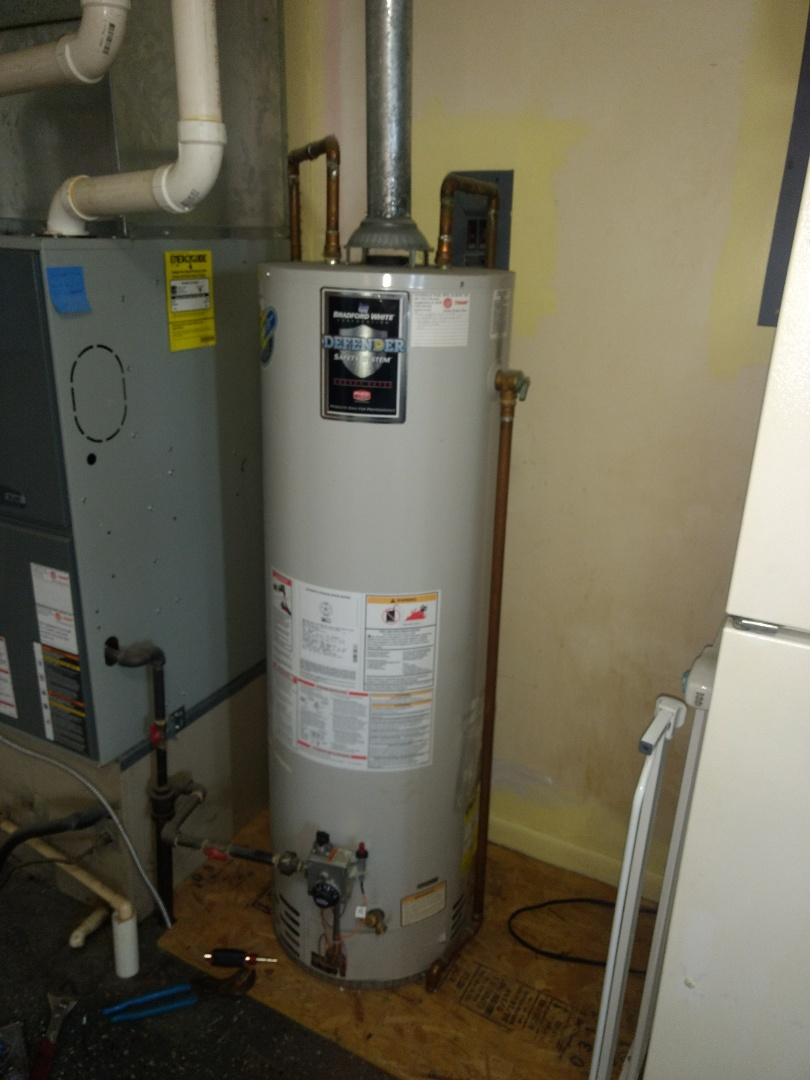 Wilkinson, IN - Plumber needed. Repairing gas water heater