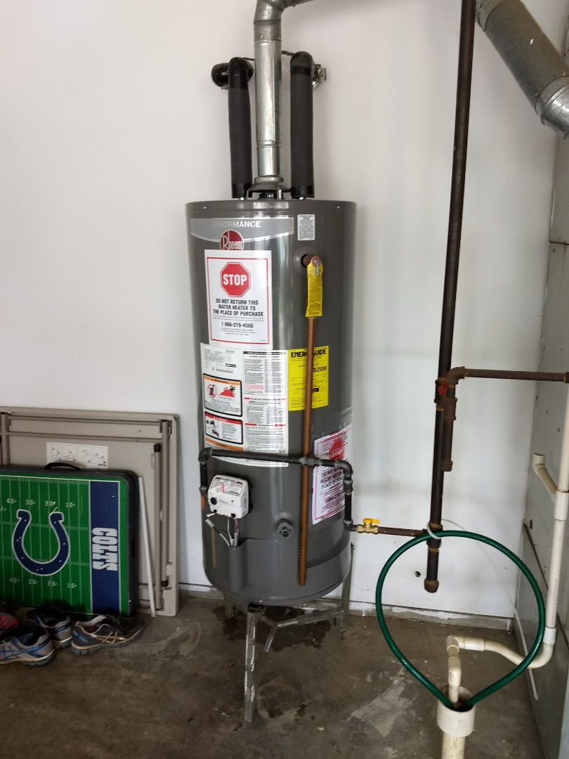 Greenwood, IN - Rheem 40 gallon. Water heater