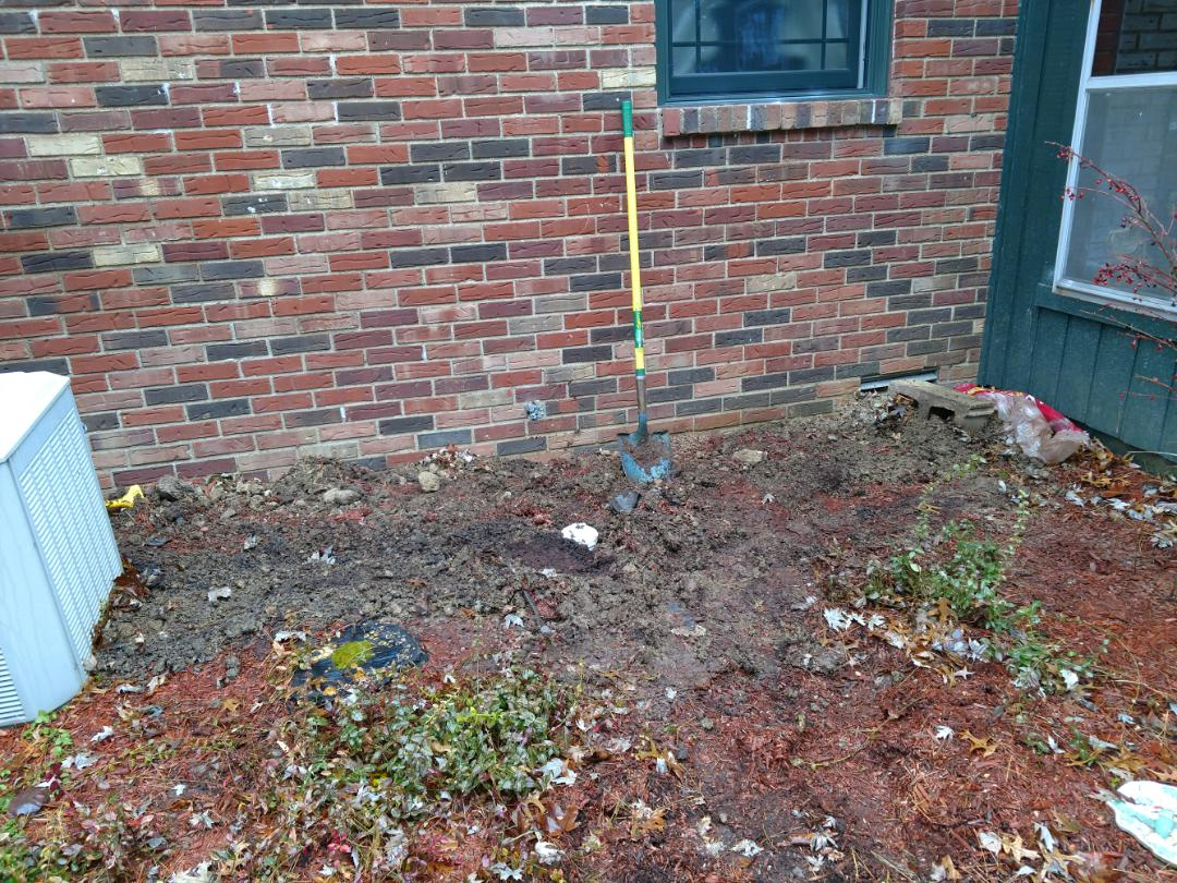 Indianapolis, IN - Repaired so water main line clean out in yard