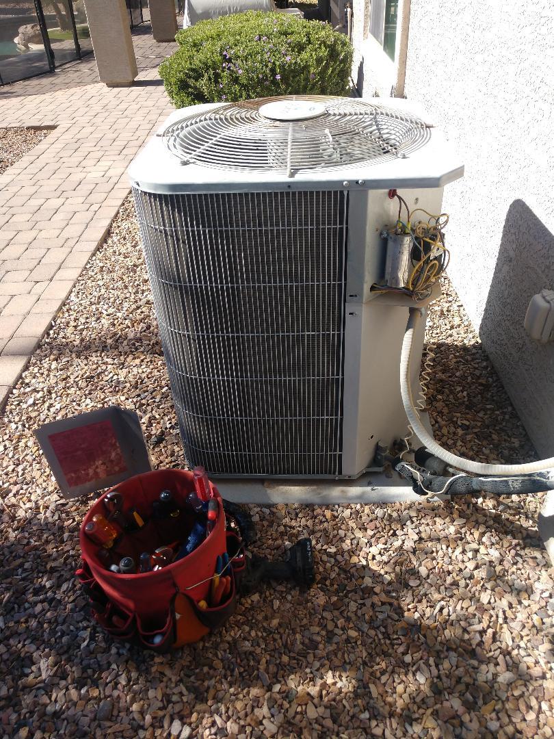 Chandler, AZ - Heating inspection. Ac condenser. Carrier
