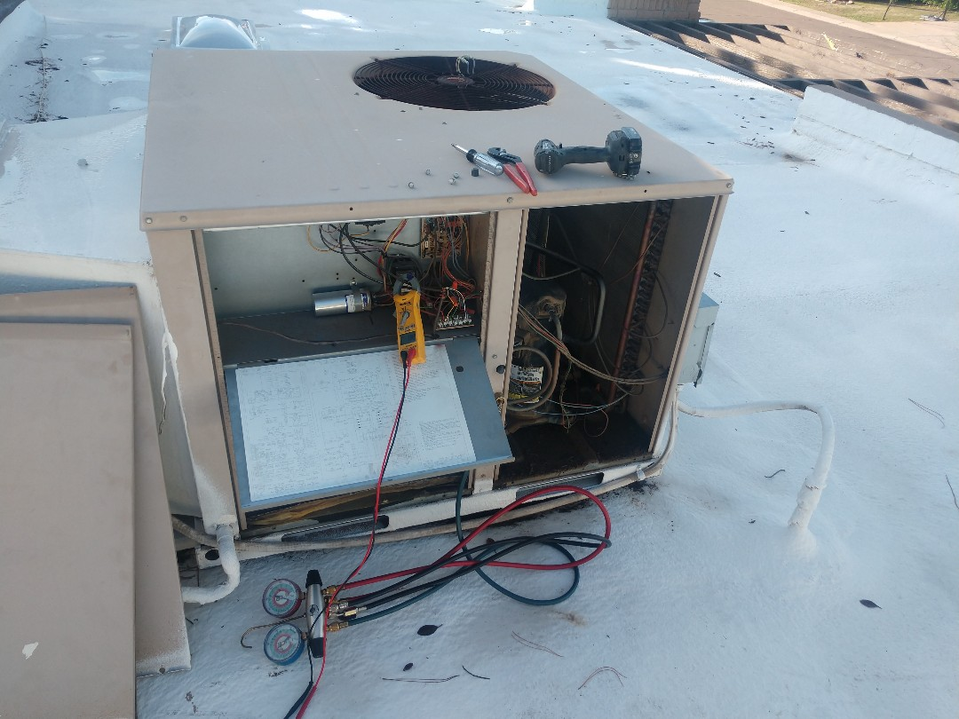 Tempe, AZ - Heating tune up. Performed heating inspection on York package heatpump