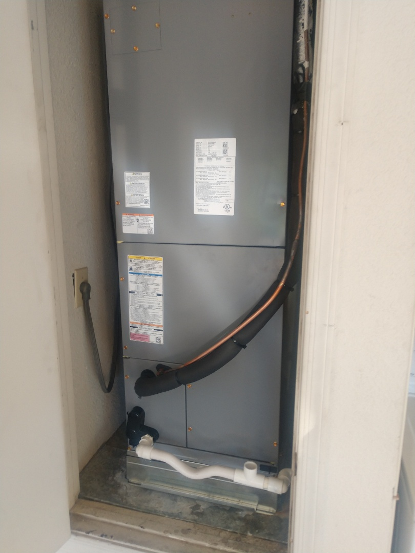 Scottsdale, AZ - Heatpump Install. Installed day & night split system heatpump