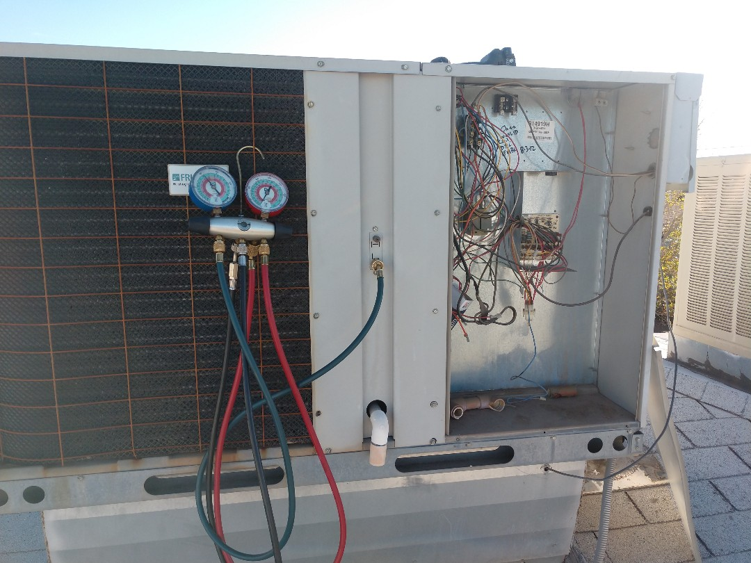 Mesa, AZ - Heating Inspection. Performed heating tune up on carrier package heatpump