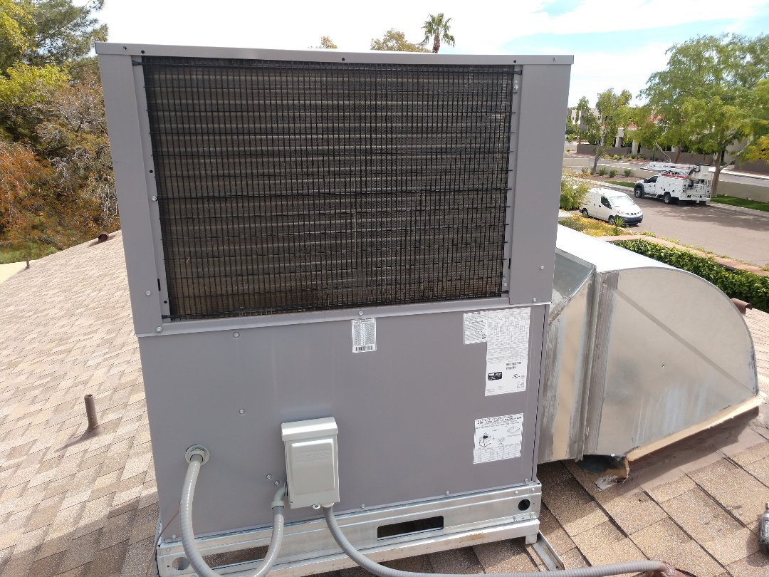 Phoenix, AZ - Air conditioning repair. Performed air conditioning repair on day & night heat pump