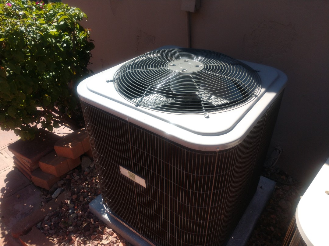 Scottsdale, AZ - Air conditioning inspection. Performed maintenance on Lennox ac system