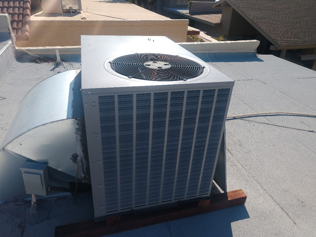 Phoenix, AZ - Air conditioning tune up. Performed ac maintenance on day & night heat pump