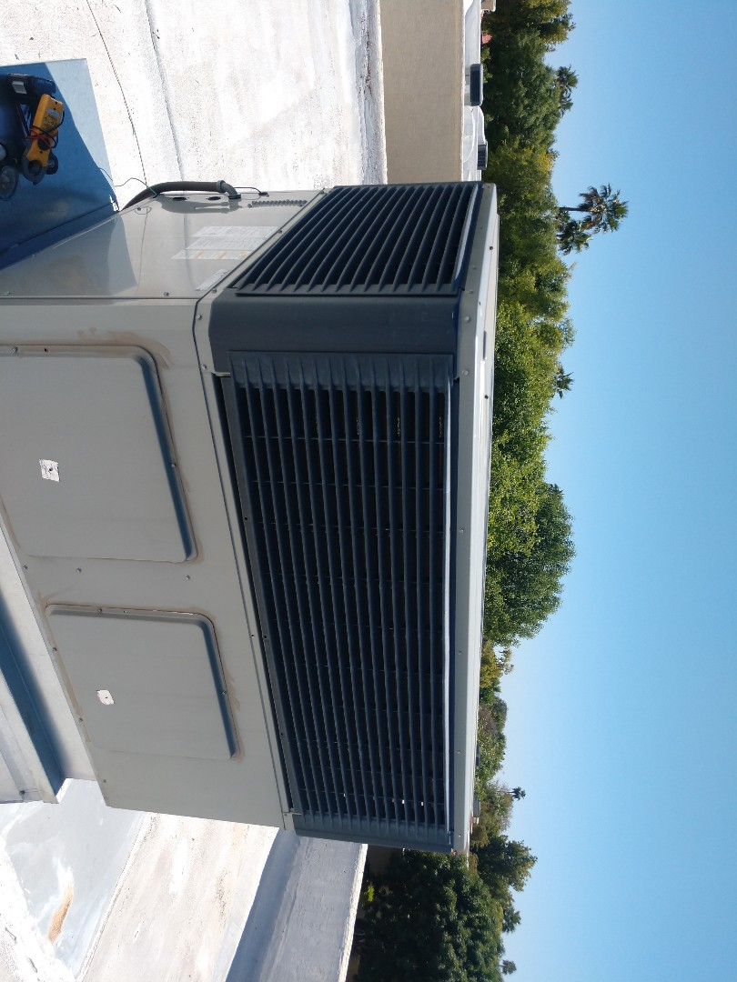 Tempe, AZ - Air conditioning inspection.performed ac maintenance on trane package heat pump